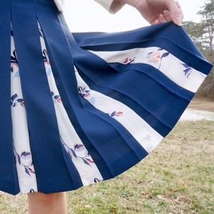 Emerson Rose Blue Floral Pleated A-Line Skirt RB